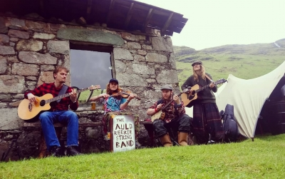 Subota 03.08.2019. / 21:00 / The Auld Reekie String Band